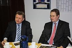 CDU-Generalsekretär Hermann Gröhe MdB und Dennis Gladiator in Bergedorf